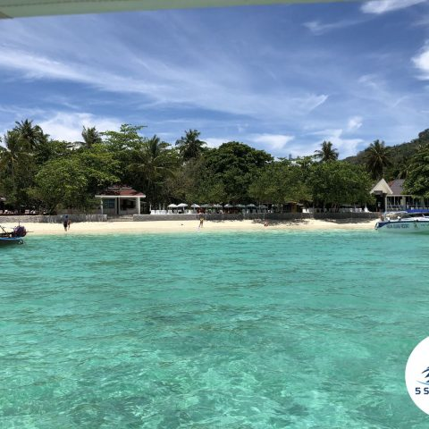 Raya Island Private Boat Tour