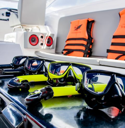 Lucus-10-Snorkeling-Equipment